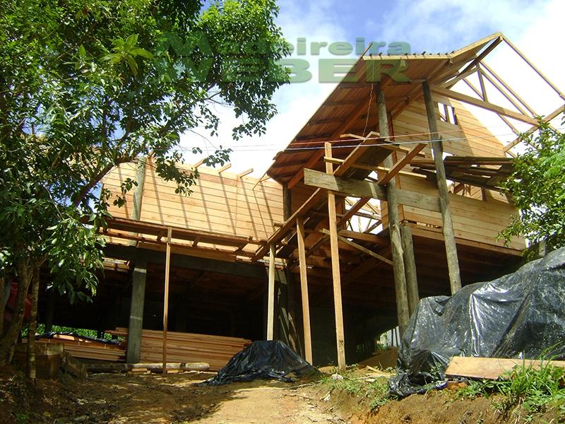 Casas do projeto à contrução